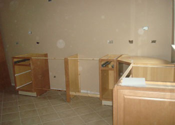 Handyman Services in Vancouver - Cabinet and storage space installation